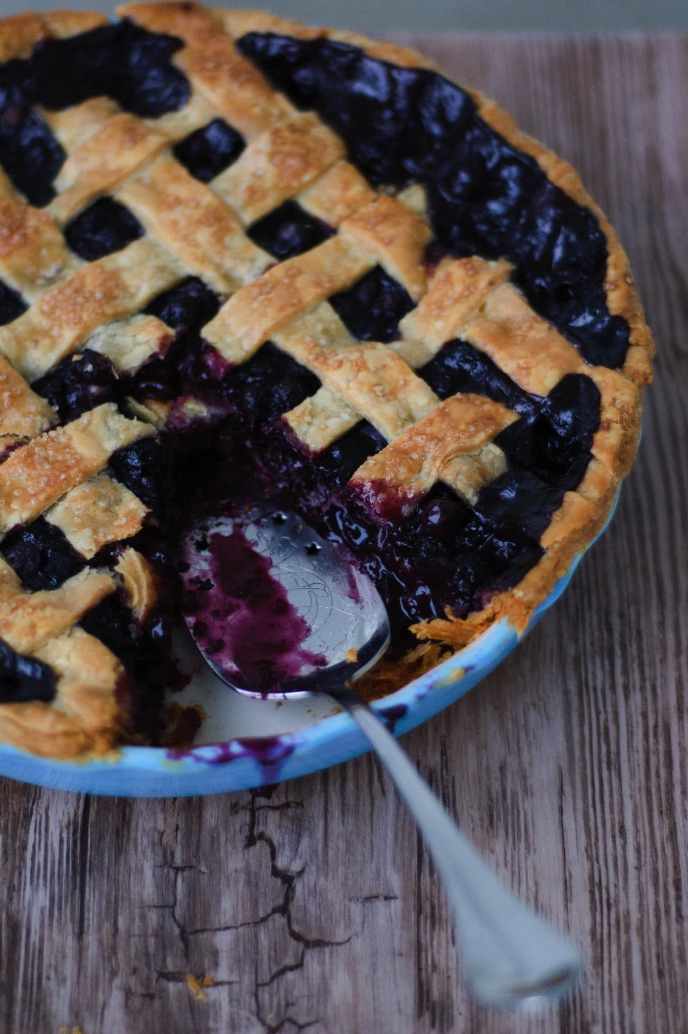 This recipe for spiced blueberry pie will make you wish autumn & winter were here sooner. Its earthy spices and rich flavor are enticing and delicious.