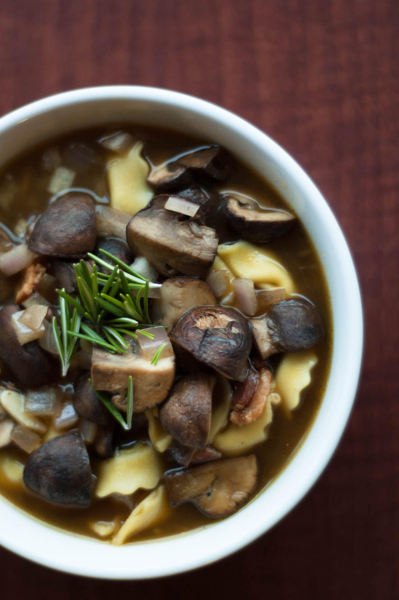 Are you super proud of your cooking skills? See how you should use #CallMeMichelin and learn how to brown mushrooms and turn them into a delicious soup!