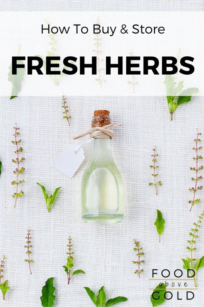 Do you know all 8 classifications of fresh herbs, or the 3 different ways to store them? Find out now and get 4 tips for buying the best fresh herbs, too!