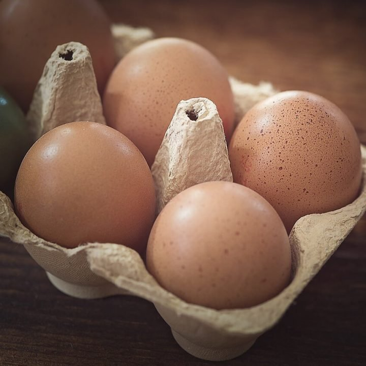 Learn how to navigate your grocery or farmer's market to buy the right eggs for you. Plus, how to keep them fresh when you get them home!