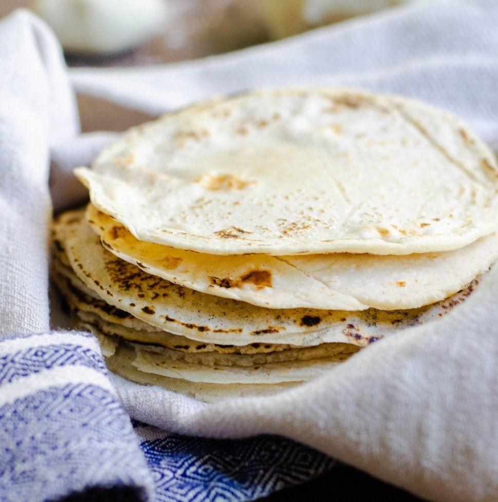 Homemade Corn Tortillas That Don T Fall Apart Food Above Gold