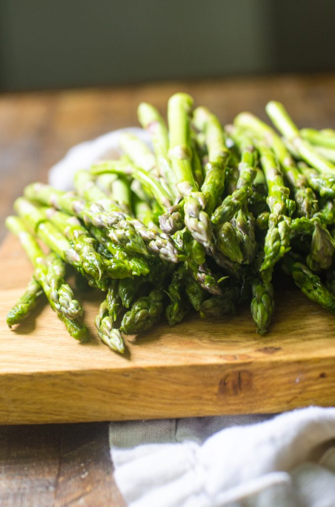 View of the tips of trimmed asparagus.